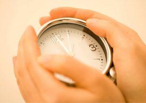 מנהלים סוכנות רכב: שעון נוכחות לעובדים הוא כלי שאתם חייבים להכיר